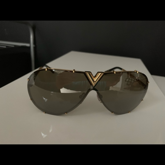 6428496cb9 Authentic Louis Vuitton sunglasses